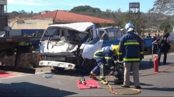 Eloy Jesús Gimenez, de 22 anos, era condutor de uma caminhonete, que colidiu na traseira de uma carreta. (Foto: Catve)