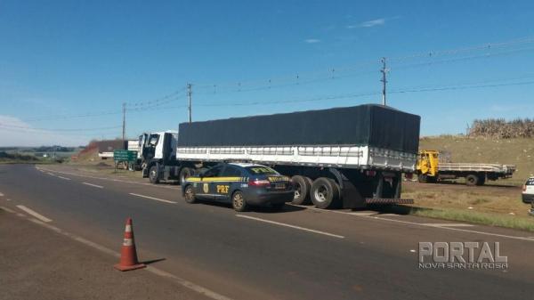 O veículo estava estacionado no pátio de um posto de combustíveis. (Foto: PRF)
