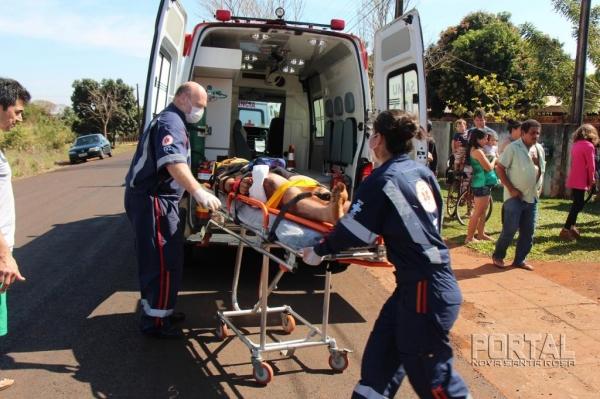 O jovem foi socorrido pelo SAMU e encaminhado ao Hospital Lar Belém. (Fotos: Portal Nova Santa Rosa)