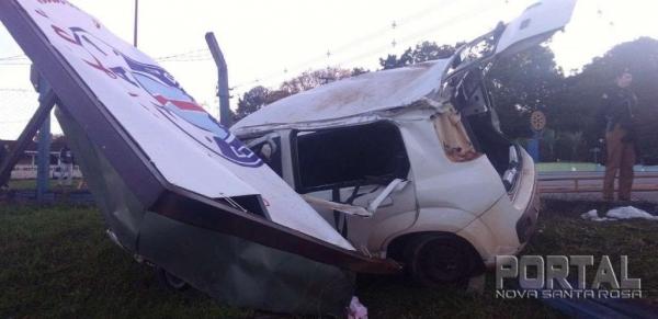 O acidente foi na manhã de hoje (25). (Foto: Bogoni)