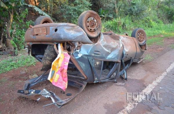 Os danos foram de grande monta, em ambos os veículos.(Fotos: Bogoni)
