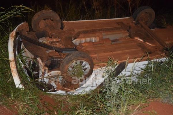 Apesar do forte impacto o condutor do veículo não se feriu (Foto: Cristine Kempp/AquiAgora.net )