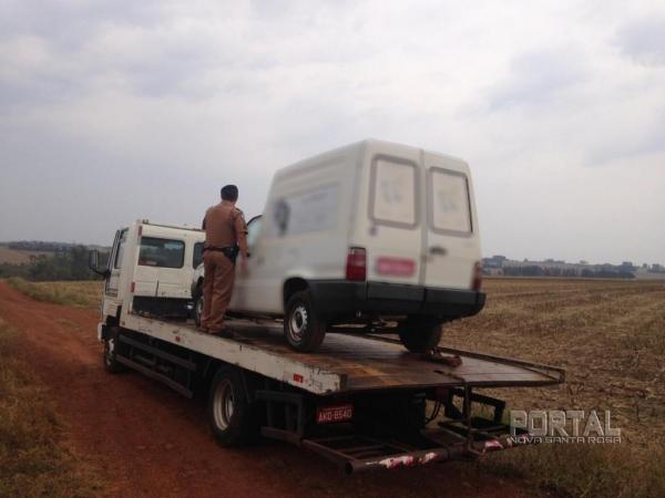 O veículo foi recuperado. (Foto: Polícia Militar)
