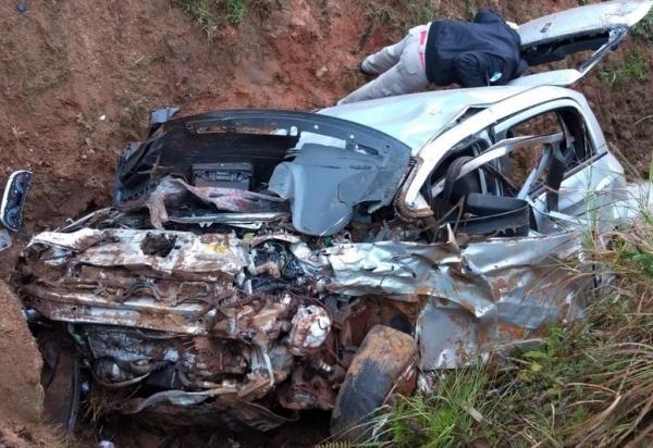 A colisão aconteceu por volta das 7h desta sexta-feira .(Foto: Divulgação)