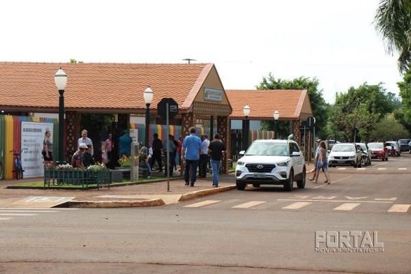 Votação na Escola Municipal Getúlio Vargas. (Fotos: Portal Nova Santa Rosa)