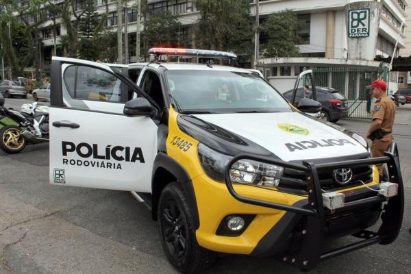 A caminhonete equipada com o sistema informatizado foi exposta na Avenida Iguaçu. (Foto:AEN)