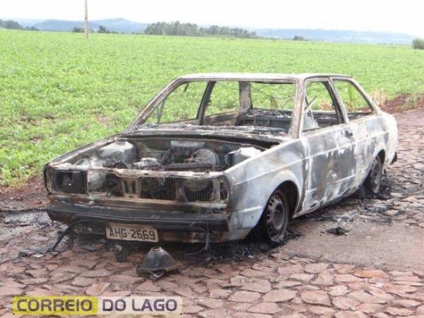 O veículo não possuí alerta no sistema policial.(Foto: Correio do Lago)