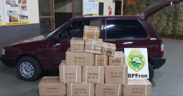 Os produtos, veículo, condutor e passageiro foram encaminhados aos procedimentos legais cabíveis.(Foto: BPFRON)