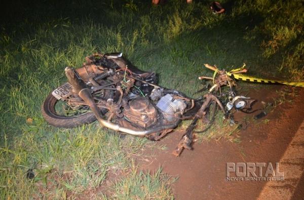 O acidente fatal foi na noite de ontem.Fotos: Bogoni/Radar BO/Catve