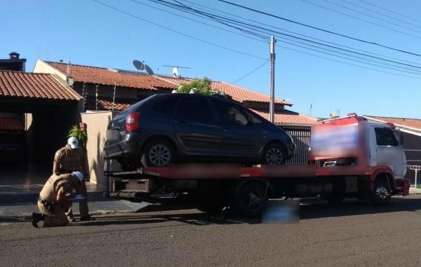 Idoso morre atropelado por caminhão-guincho em Londrina — Foto: Marcelino Barbosa/RPC