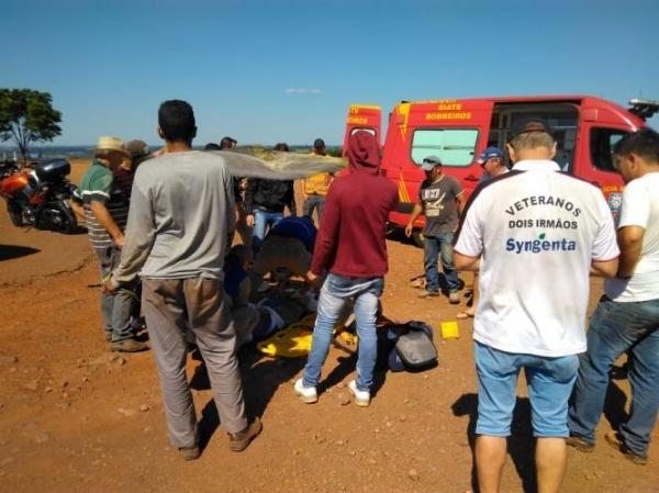 O caso aconteceu ontem na BR-163 quando a vítima iria tirar satisfação com o outro caminhoneiro. (Foto: Rede Social)
