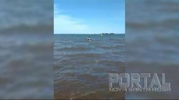 Ele embarcou ontem no porto de Presidente Epitácio, com seu caiaque. (Foto: Assessoria)