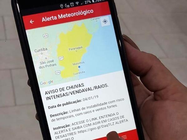 Está disponível para download no Google Play e no App Store, gratuitamente.(Foto: Divulgação/PMPR)