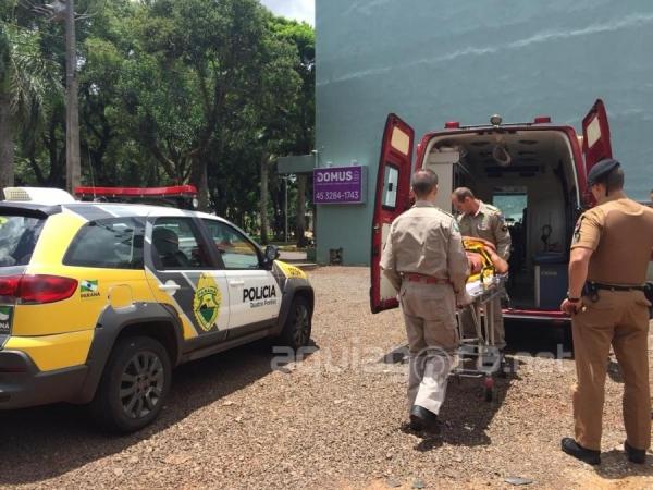 Ele foi encaminhado à UPA com vários ferimentos no corpo e no rosto (Foto: Fernanda Bourscheidt/AquiAgora.net )