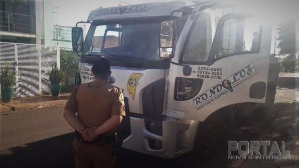Caminhão recuperado pela PM. (Foto: PM)