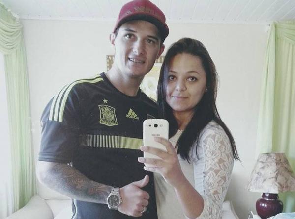 Emerson e Daniela, ainda juntos, em uma foto na rede social Facebook. Foto: Reprodução