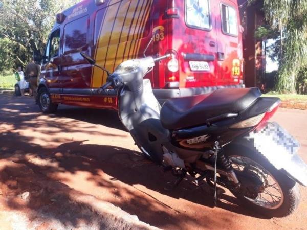 A motociclista sofreu queda resultando em ferimentos leves. (Fotos: Portal Rondon)