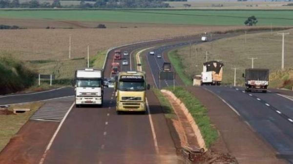 Embora o tráfego esteja liberado a orientação do Dnit é para que motoristas se mantenham atentos ao dirigir. (Foto: Reprodução)