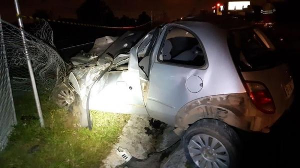 Um homem morreu e uma mulher ficou gravemente ferida no acidente — Foto: Divulgação/PRF